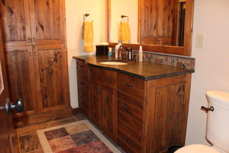 Cabinets_150.jpg